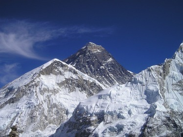 mount-everest-413_1920.jpg